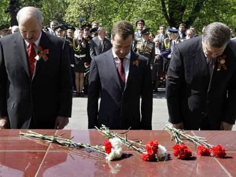 Homenagem do presidente Medvedev ao túmulo do Soldado Desconhecido, Rússia